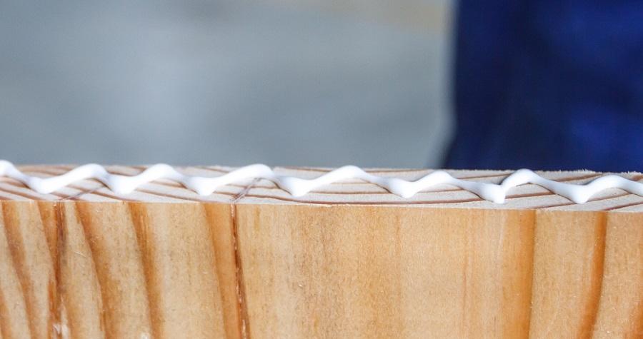 adeziv lemn adeziv PVA
